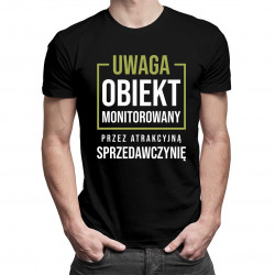 Obiekt monitorowany przez sprzedawczynię - męska koszulka z nadrukiem