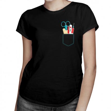Kieszeń pielęgniarki - damska koszulka z nadrukiem