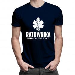 Ratownika strach nie tyka - męska koszulka z nadrukiem