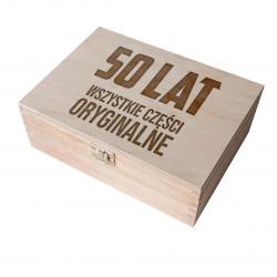 50 lat - wszystkie części oryginalne - drewniane pudełko z grawerem